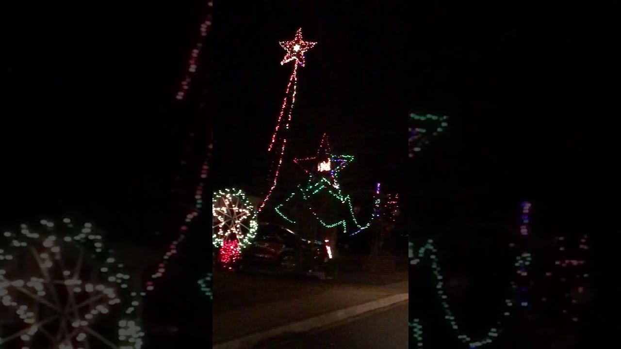 Christmas light display Denton, Md - YouTube