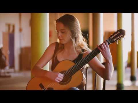 Un Dia de Noviembre (Leo Brouwer) - Alexandra Whittingham