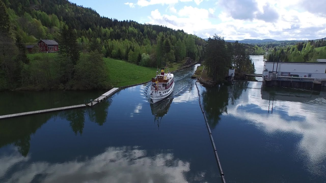 Dji Phantom 2 >> DJI Phantom 4K - Flying over Telemark canal in Norway ...