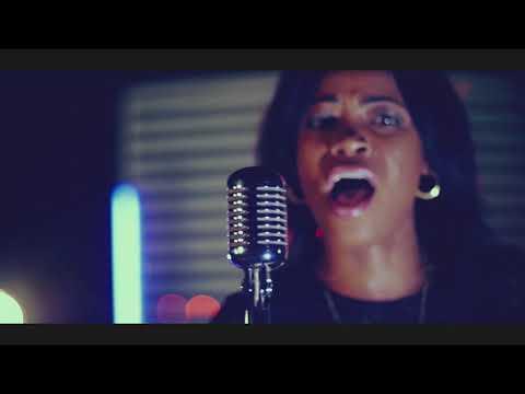 Sandra Mbuyi- Medley | clip officiel HD