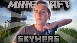 HIJ GAAT NEER!   Minecraft SkyWars