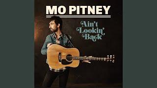 Mo Pitney Looks Like Rain