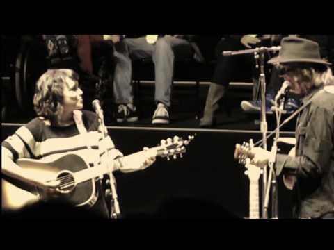 Norah Jones Neil Young 'Down By The River' Bridge School 25 October 2014