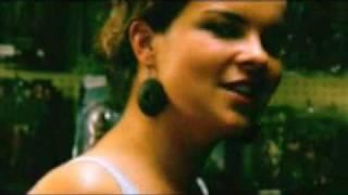 Leaf - Wonderwoman (Official Video)
