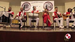 Grupo de samba e pagode no salão de festas do círculo dos operários - Apito de Mestre