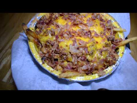 MEAT Southern BBQ And Carnivore Cuisine: Chili Bacon Fries