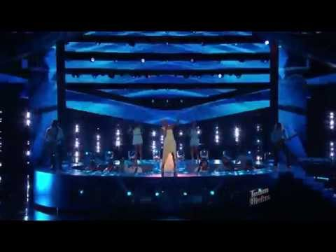 Sisaundra Lewis  'River Deep Mountain High' The Voice Highlight