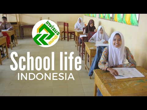 School life in Indonesia. Indonesia travel video