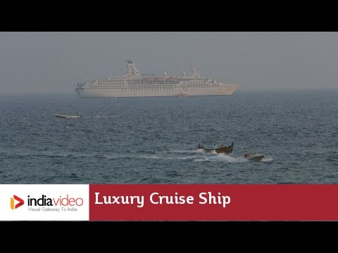 Luxury cruise ship at Vizhinjam port | India Video