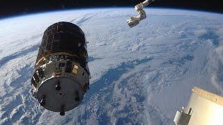 ISSのロボットアーム(SSRMS)による宇宙ステーション補給機「こうのとり」5号機の把持ライブ中継  =録画= thumbnail