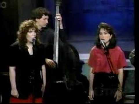 Cox Family with Alison Krauss - Blue Bayou