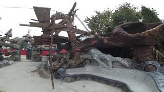 обзор  усадьбы .  скульптуры  с  арт  бетона   кикиморы  и  лешего  с  зайкой