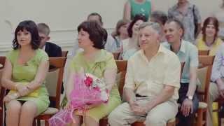 Свадебный фильм яркой солнечной свадьбы Романа и Кристины.