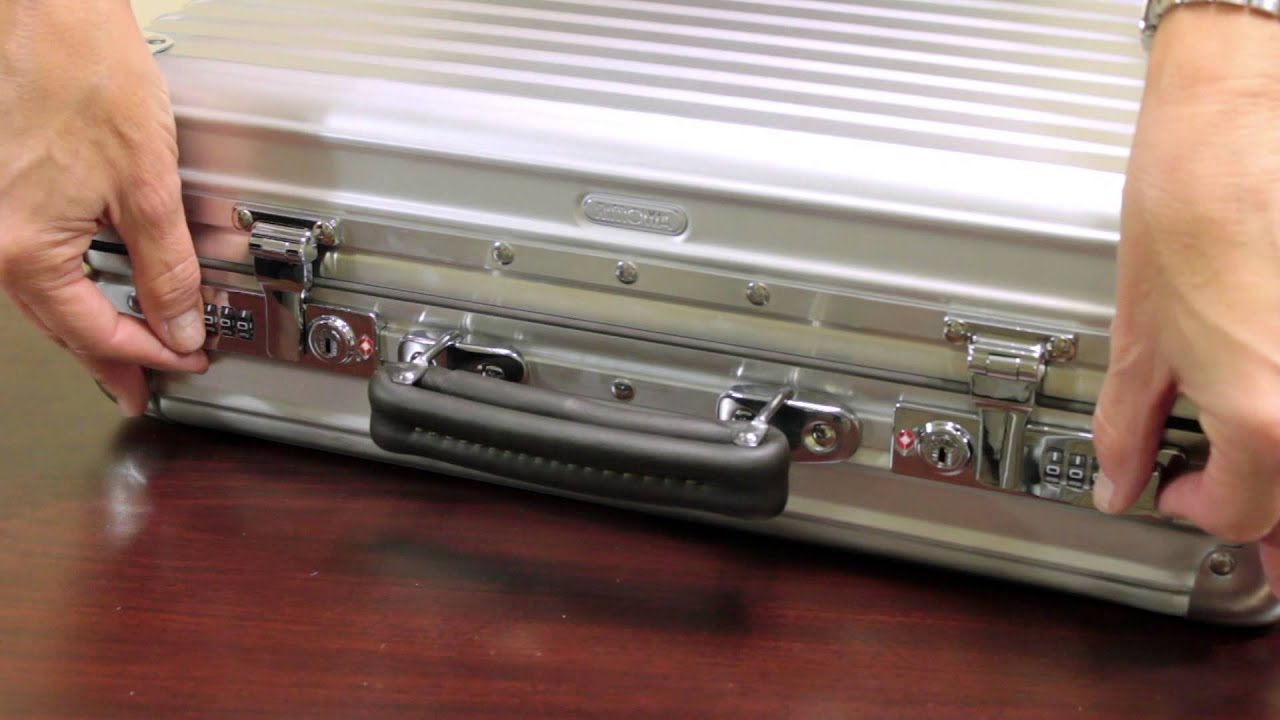 rimowa classic flight attache luggage pros youtube. Black Bedroom Furniture Sets. Home Design Ideas