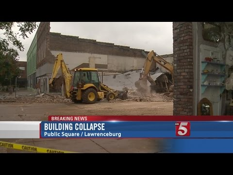 Building Collapses On Lawrenceburg Public Square