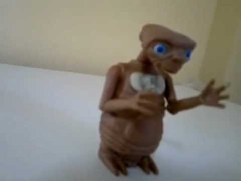 E.T. The Extra-Terrestial Figure Doll