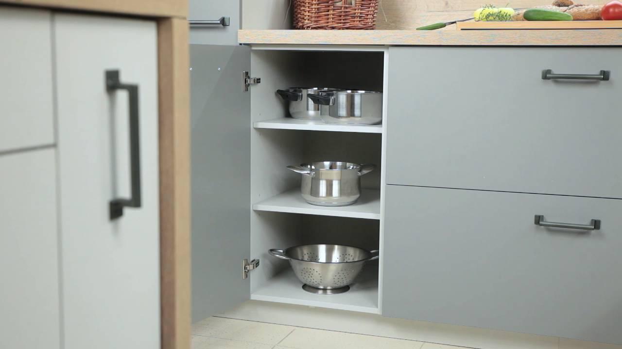 White Kitchen Style Out