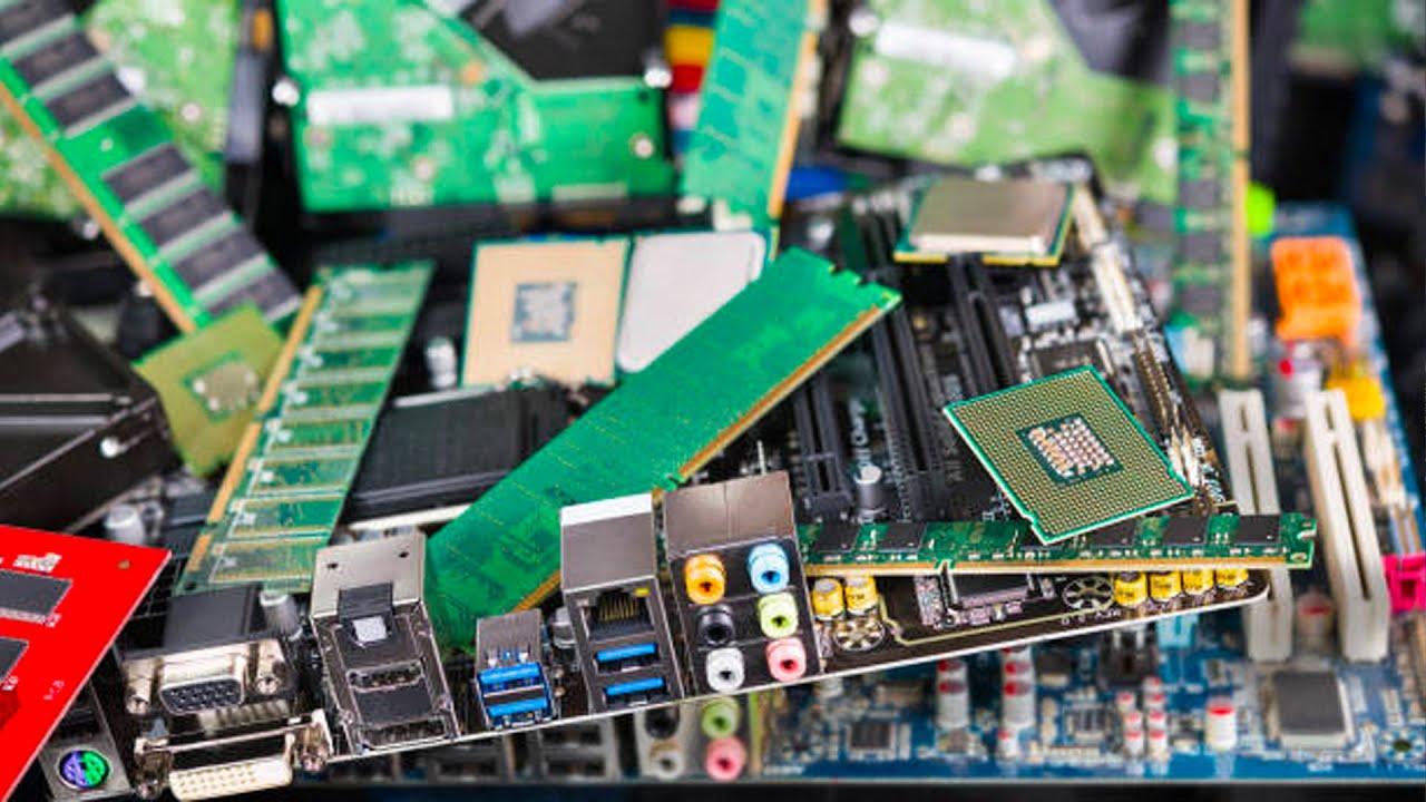 الجانب المظلم للتكنولوجيا | النفايات الإلكترونية
