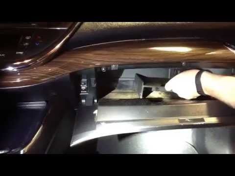 How to Replace the Cabin Filter on a 2013 Toyota Avalon ...