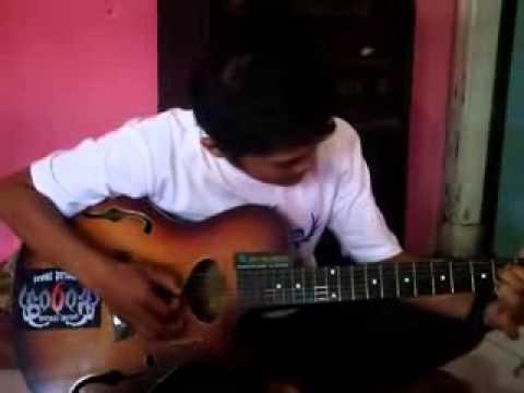 Puisi Cinta dan Gitar Spanyol