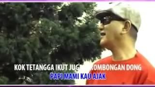 Ari Wibowo-Astaga-Kodokpun ikut Bernyanyi-Anak Singkong