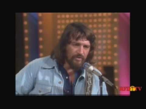 "Waylon Jennings 1975 interview & ""Let the World Call Me a Fool"""