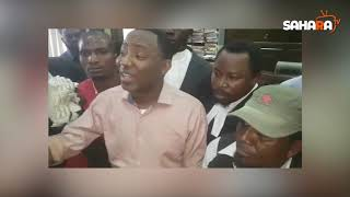 Heavily-armed DSS Operatives Chase Falana As He Drives Sowore, Bakare Out Of Court Premises
