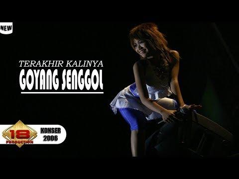 WaduHHH Malah Beginii ...!!! DANGDUT KOPLO - GOYANG SENGGOL ... (LIVE KONSER KALIMANTAN TENGAH 2006)