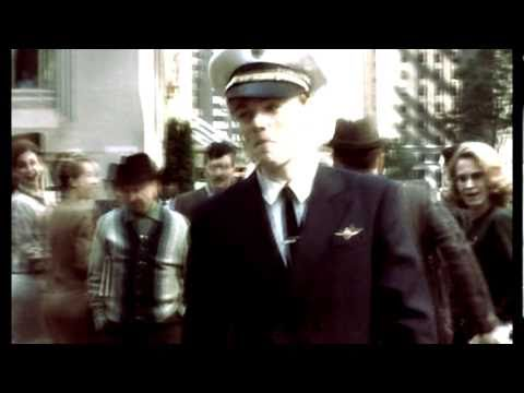 Everybody loves me || Frank William Abagnale, Jr.  [Catch Me If You Can]