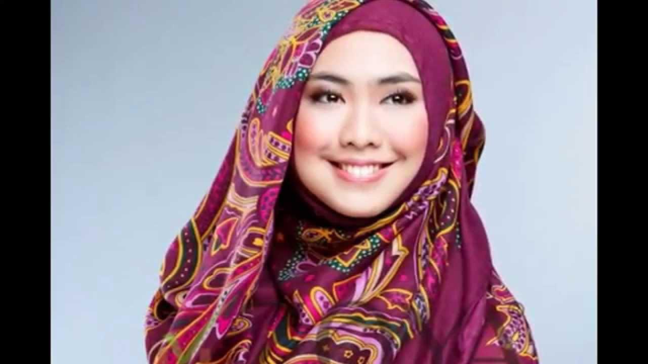Gaya Hijab Syari Oki Setiana Dewi Contoh Hijab Syari Oki