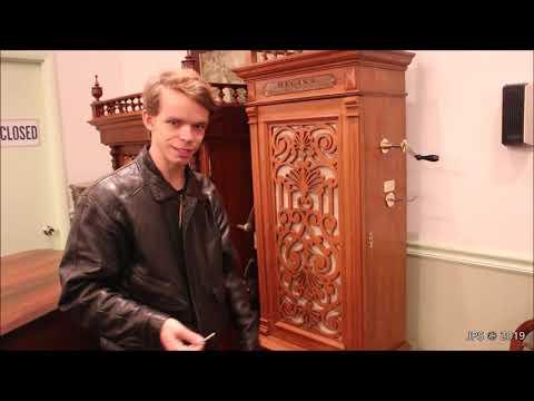 "Regina ""Musical Automaton"" Music Box"