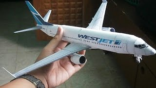West Jet Boeing 737-800 Papercraft
