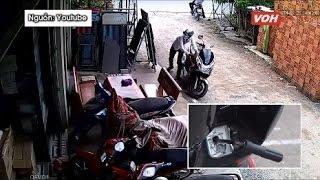 """Đối phó với vấn nạn chôm xe máy: """"Cảnh giác"""" vẫn hàng đầu - Kỹ năng tự vệ 2016 (Võ sư Lê Hoàng Mai)"""