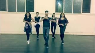 LAILA MAIN LAILA | Raees | Sunny Leone, Shah Rukh Khan, Pawni Pandey