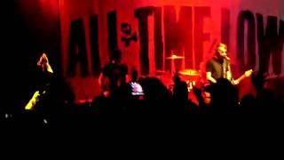All Time Low Live @ Milan, ITALY 14.02.10 - Dear Maria (Count Me In)