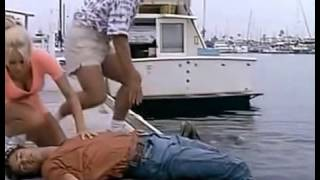 Baywatch S05E07 Someone To Baywatch Over You - Greta saves unconscious Matt CPR