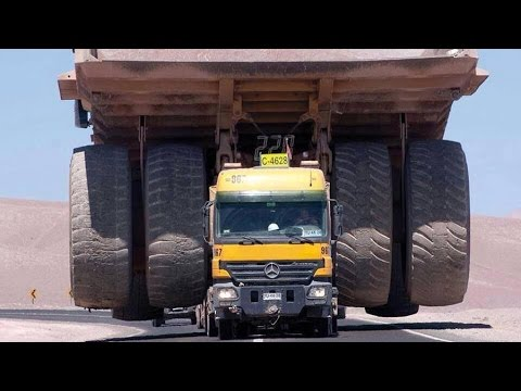monster trucks compilations heavy truck accidents amazing heavy load vehicles youtube. Black Bedroom Furniture Sets. Home Design Ideas