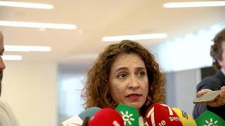 "Montero lamenta ""la falta de respeto a las mujeres"" de Serrano"