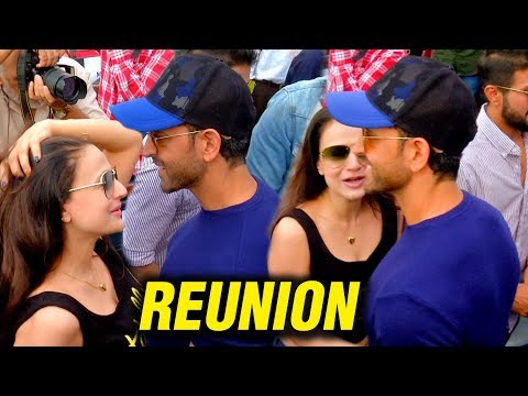 Hrithik Roshan And Ameesha Patel Kaho Naa Pyaar Hai REUNION