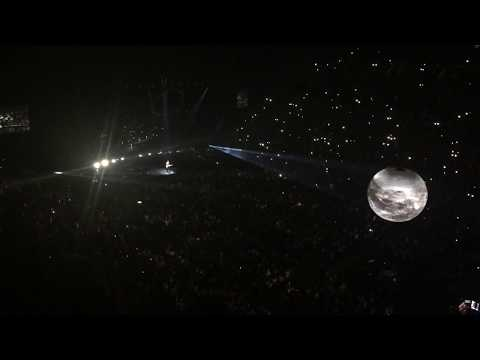 CROWD SINGING Never be Alone - Shawn Mendes (Live in montreal)