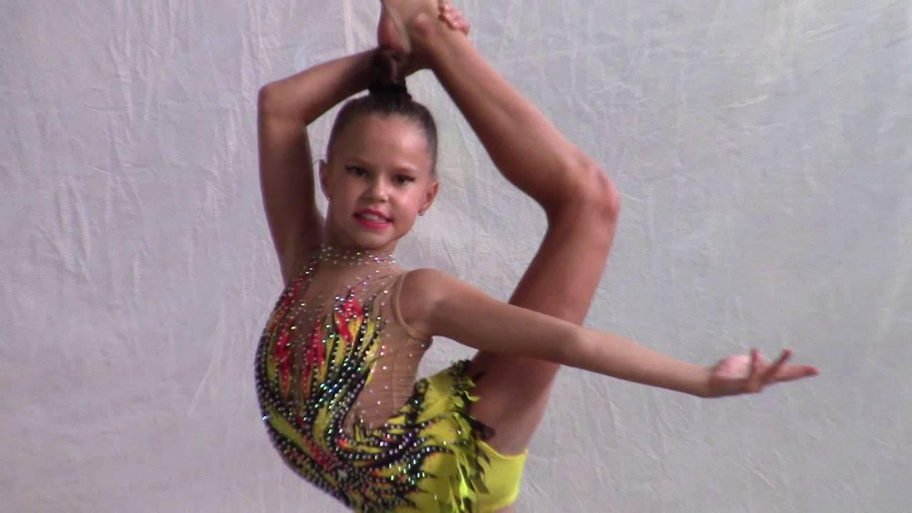 Позитивная феодосийка - участница турнира по художественной гимнастике 03 сентября 2016 года