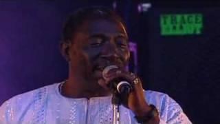 Orchestra Baobab - On Verra Ça live at Festival du Bout du Monde