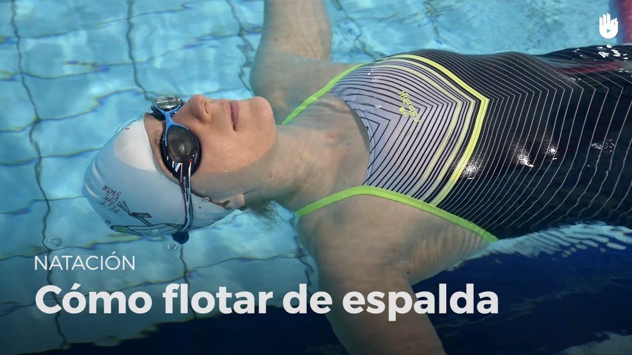 formas de flotar en natacion