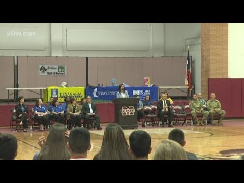 Mathis High School hosts pep rally to celebrate B rating from TEA