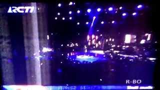 Download Lagu Maudy Ayunda - Aku Cinta Kau dan Dia (Konser Masterpiece RCTI) mp3