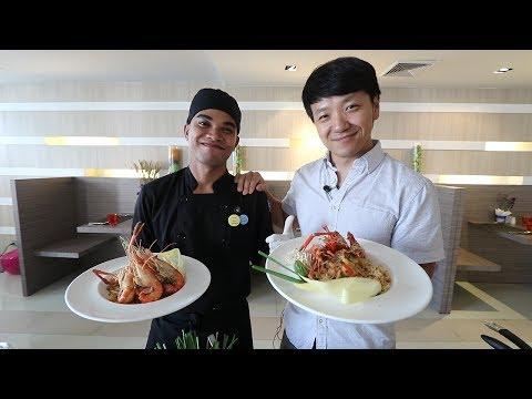 Cooking and Eating in Bangkok Thailand