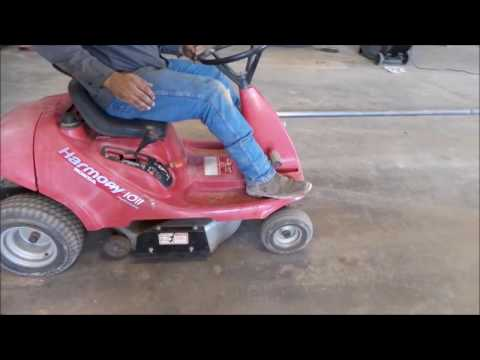 Beautiful Honda Harmony 1011 Lawn Mower For Sale | No Reserve Internet Auction August  2, 2017