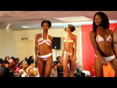 Chabinebikini Fashion Show De Défilé Salon La Mode K1JlFcT3