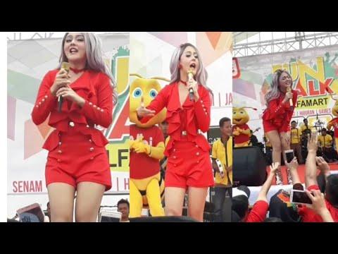 Jenita Janet - Sayang @ Fun Walk Alfamart Cianjur