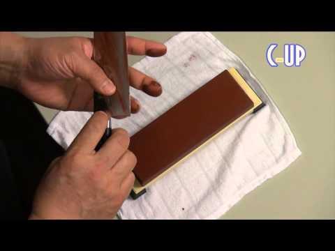 【包丁の使い方①】家庭用包丁の研ぎ方  How to sharpen kitchen knife ▶2:37